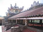 Вьетнам, Пагоды и церкви.