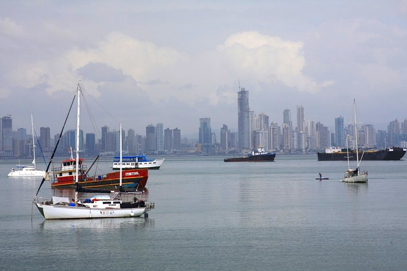 The Glass Bottom Boat - Tour Provider in Panama City