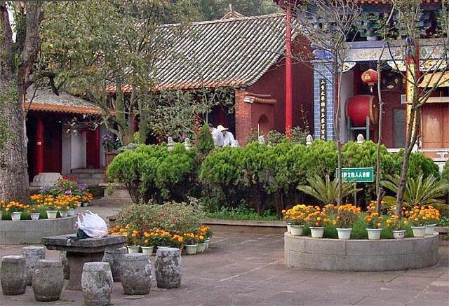 Храм юаньтонг
